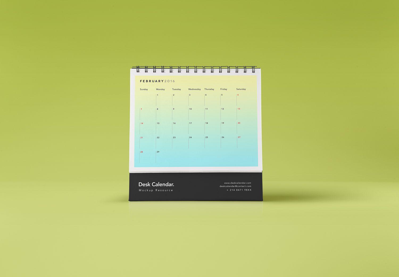 Desk Calendar Mockup PSD