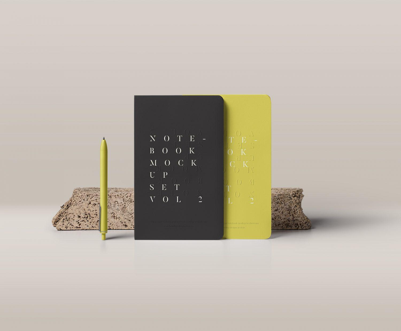 Notebook Mockup PSD #2
