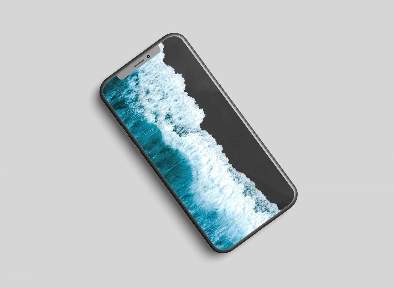 2 Free iPhone 11 Mockups PSD