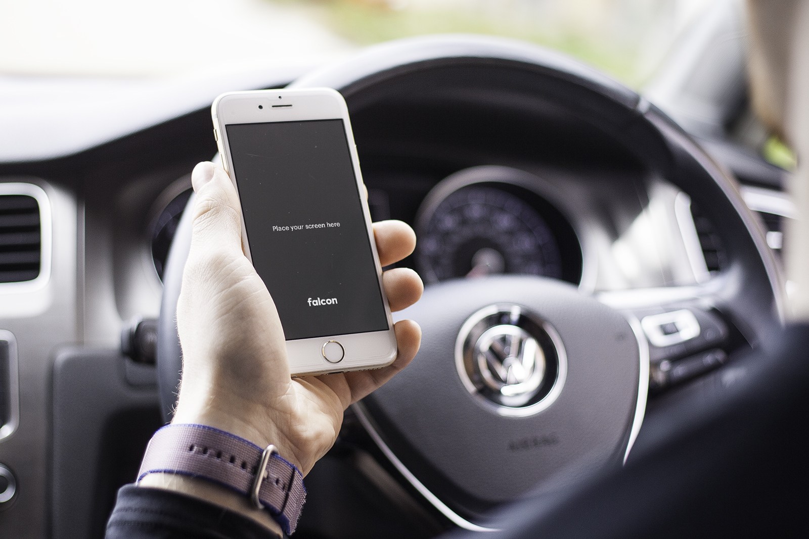 Free iPhone 6S In Car Mockup PSD