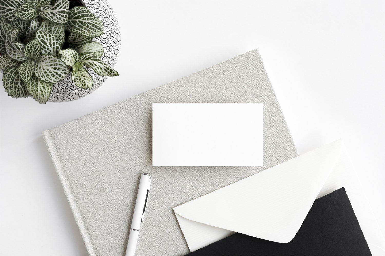 Minimalistic Business Card Mockups PSD