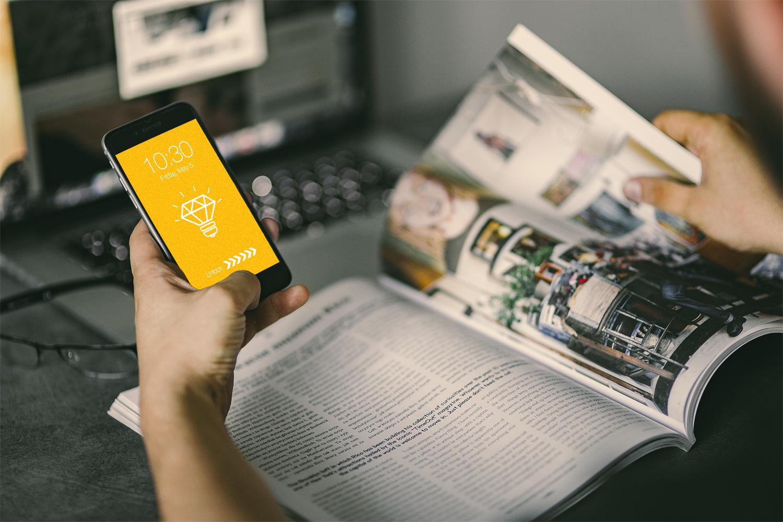 Browsing Magazine iPhone