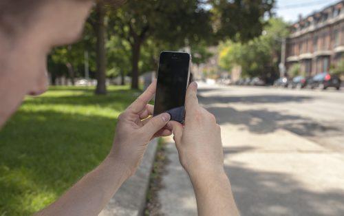 Iphone 5s Street Mockup