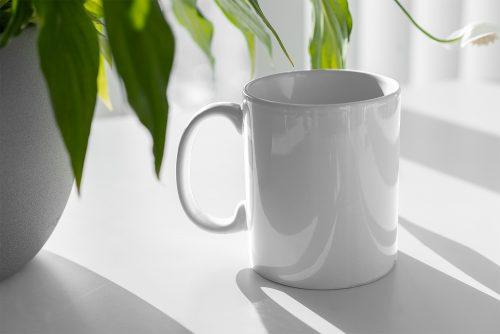 Free Mug Floral Mockup