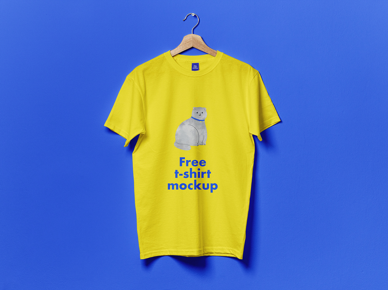 Free Hanging T-Shirt PSD Mockup